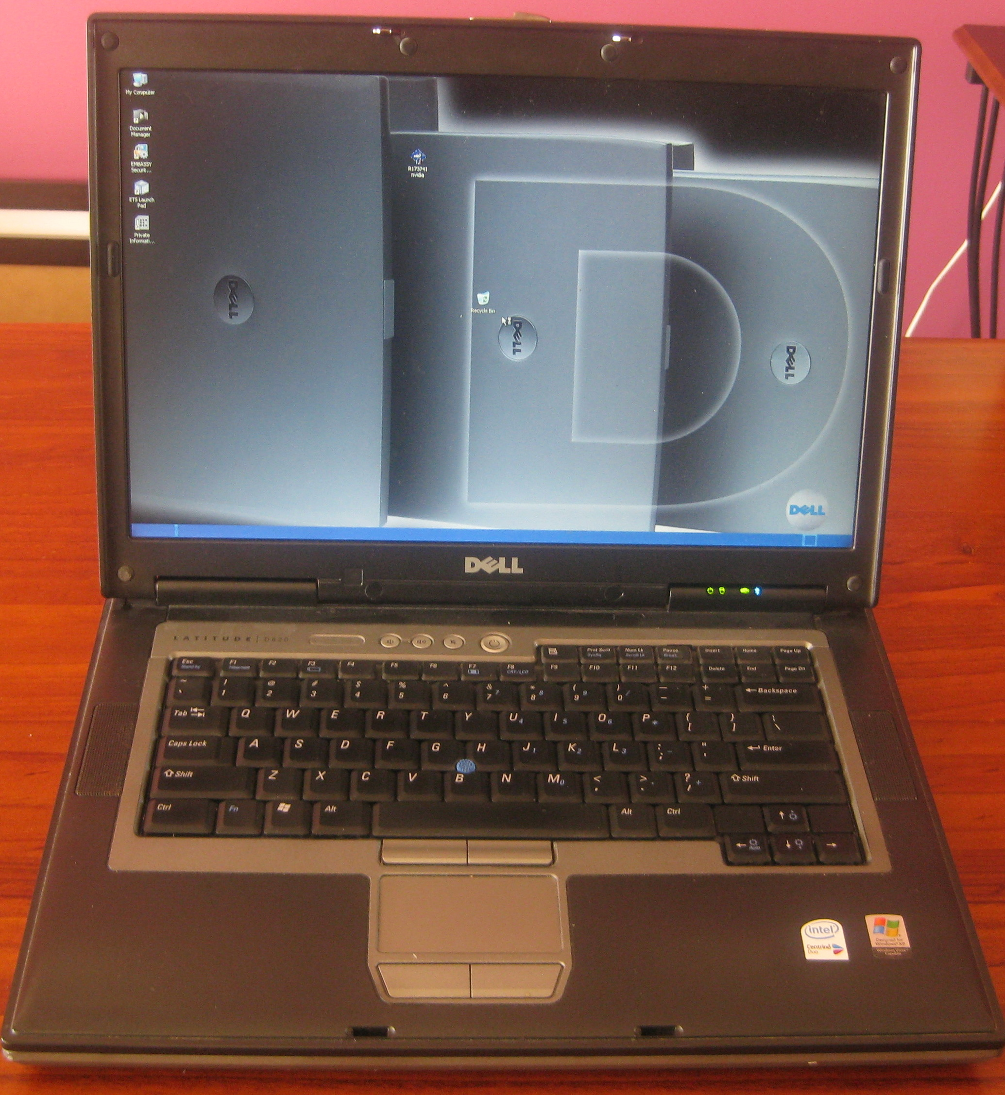 DELL LATTITUDE D820 C2D 2.33 Ghz