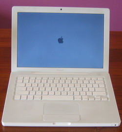 Apple Macbook 2.4